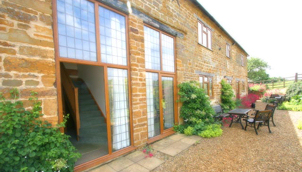 East Haddon Grange - country cottages (medium to long term letting)